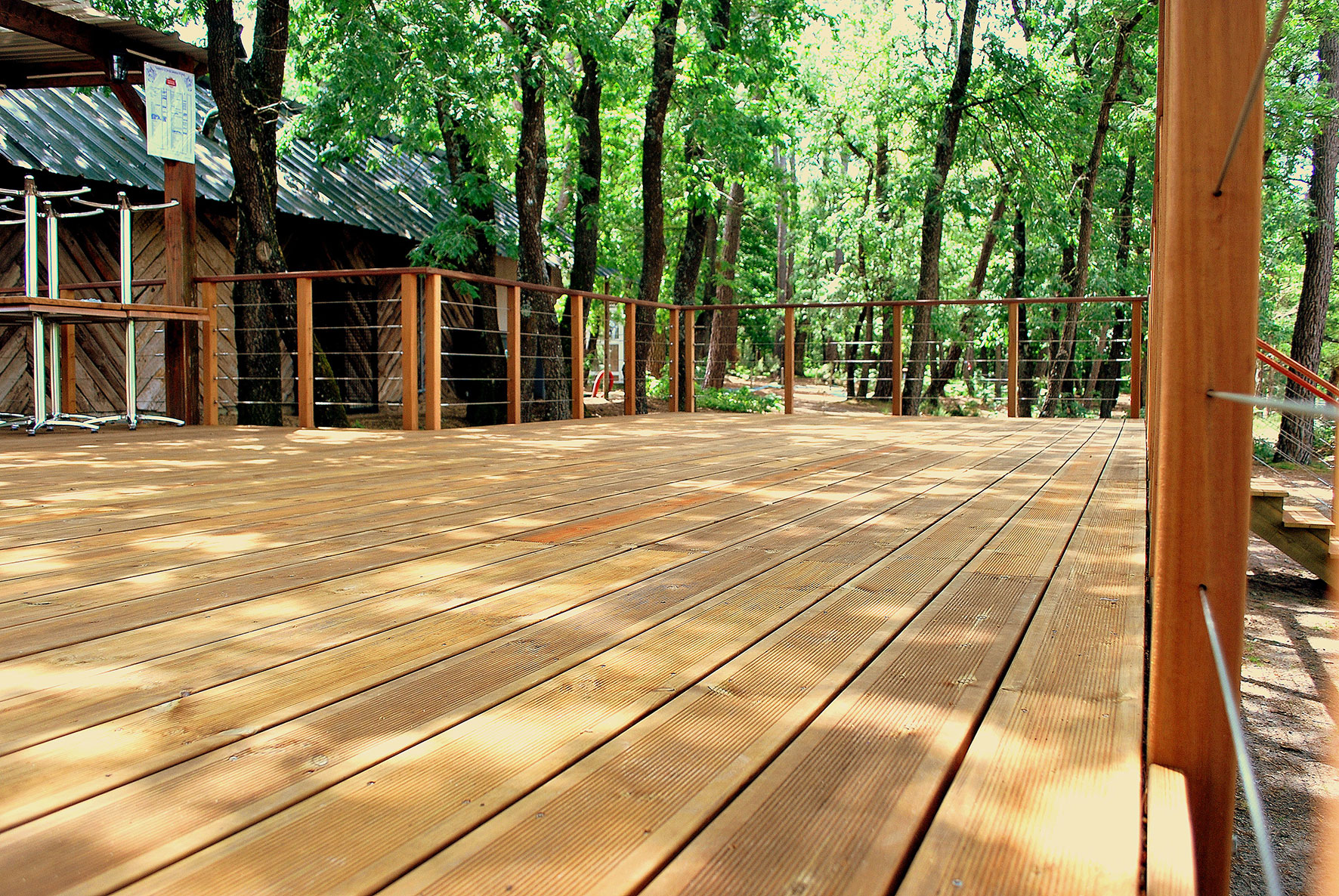 2a2w All Around The Wood World Lames De Terrasse